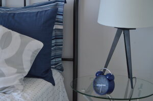 White_Wooden_Nightstands_Reviews