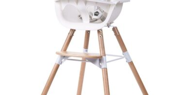 White_wood_highchair